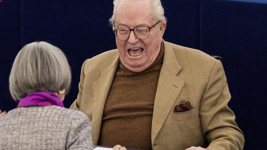 Le Pen padre debe seguir pagando con su sueldo la deuda con el PE, según el Tribunal de la UE