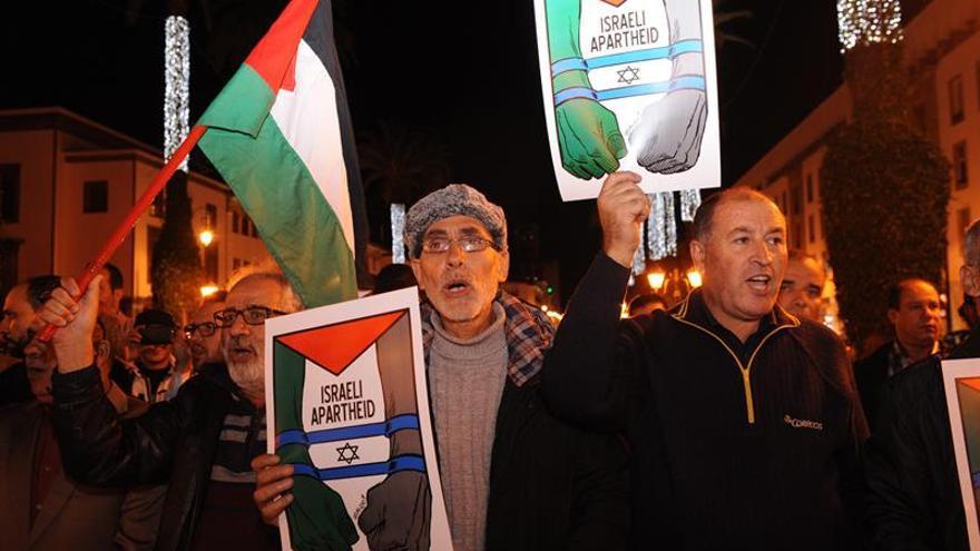 Manifestación en Rabat contra la presencia de Israel en la cumbre del clima
