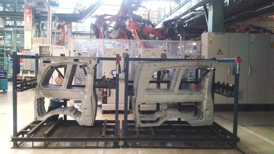 Trabajadores de Mercedes Vitoria respaldan con un 53,5% el preacuerdo del convenio acordado por UGT, Ekintza y PIM