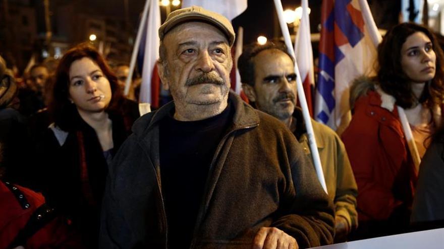 Expertos ven brotes verdes en la economía griega, pero dudan de la sostenibilidad