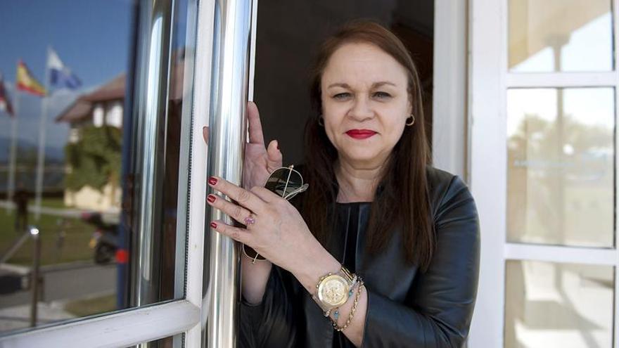 Zoé Valdés ensalza en su nuevo libro la lucha de las mujeres en el castrismo