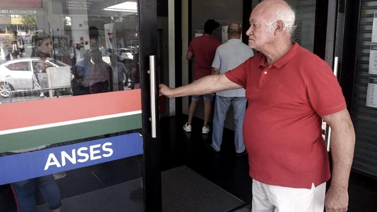 Los nuevos aumentos a jubilados rigen desde septiembre.