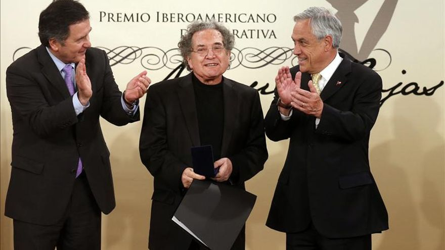"Piglia recibe en Chile el premio Iberoamericano de Narrativa ""Manuel Rojas"""