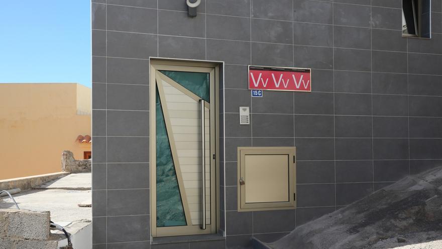 Detenidas tres personas por estafas con el alquiler de viviendas vacacionales inexistentes en Tenerife