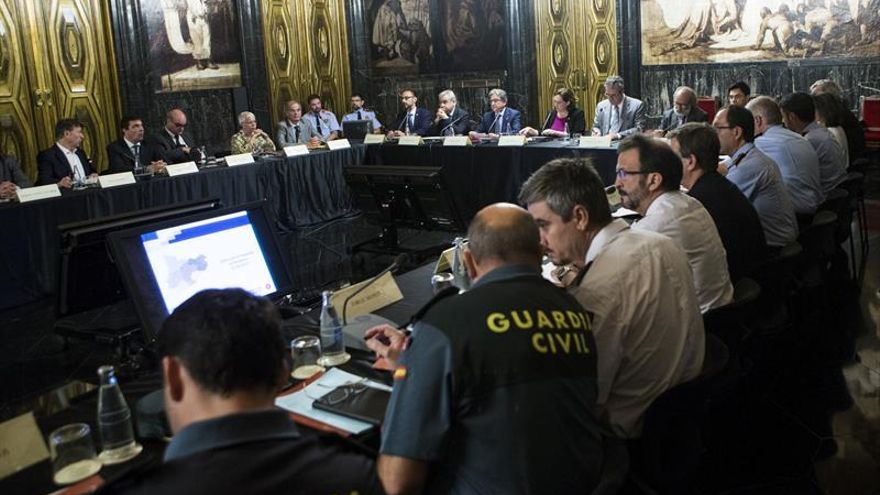 Aumentará la presencia policial y los obstáculos móviles en zonas de Barcelona