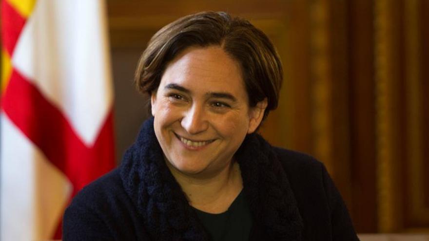 L'alcaldessa de Barcelona, Ada Colau, se sotmet a una qüestió de confiança