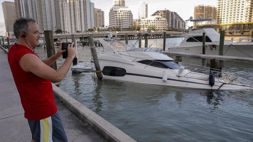 Miami Beach reabre tras el cierre impuesto por autoridades por el paso de Irma