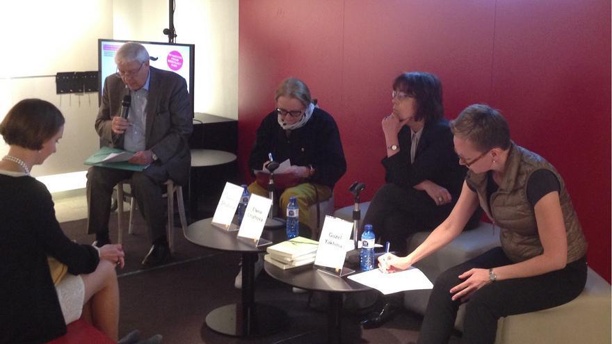 Un momento del encuentro con las escritoras rusas
