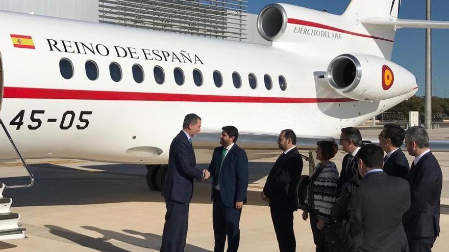 El rey Felipe VI preside la inauguración del aeropuerto de Corvera
