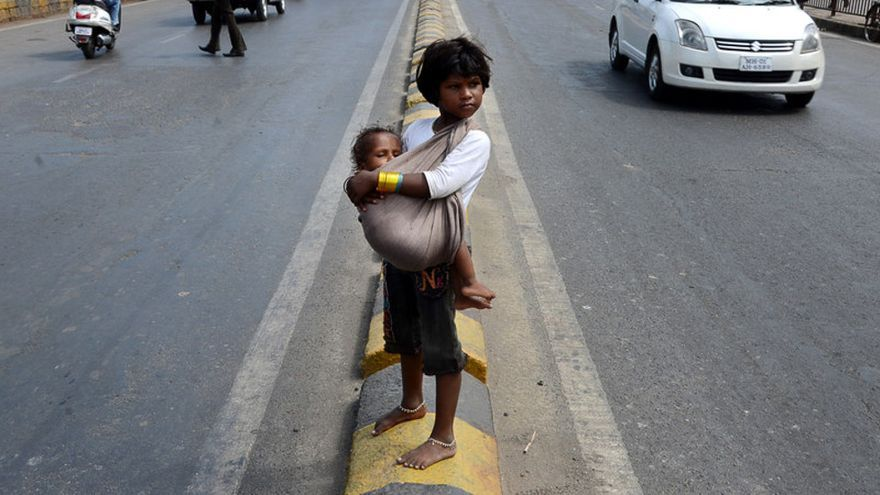 Niña india de la calle