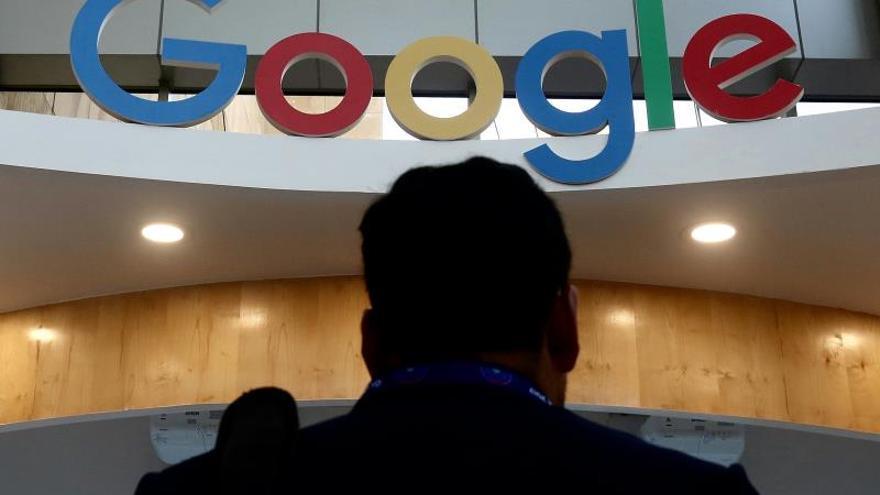 La utilización del paquete de herramientas Google Suite en las escuelas públicas da acceso a la multinacional a los datos de los estudiantes
