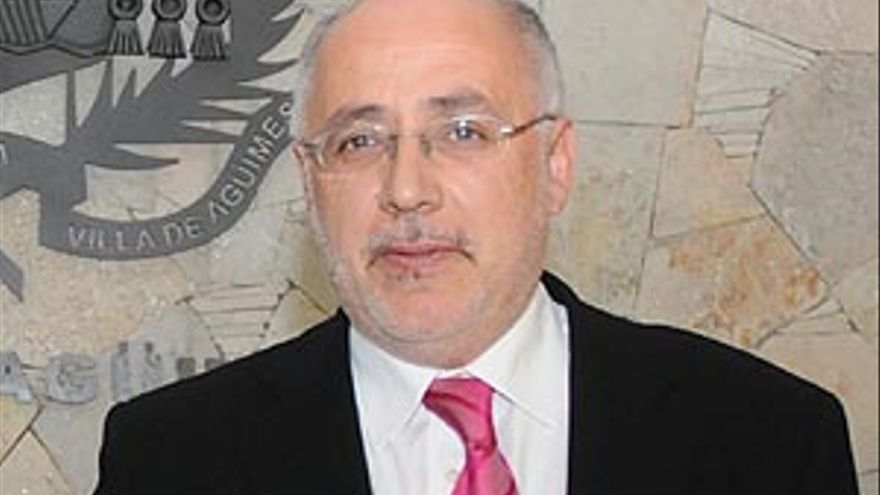 Antonio Morales.