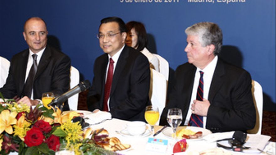 Ministro de Industria, Miguel Sebastián, y el viceprimer ministro chino Li Leqia