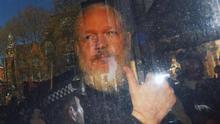 Ecuador va a permitir a EEUU acceder a todos los documentos y ordenadores que tenía Assange en la embajada