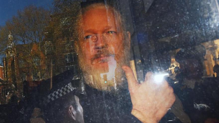 Julian Assange, fotografiado cuando fue detenido.