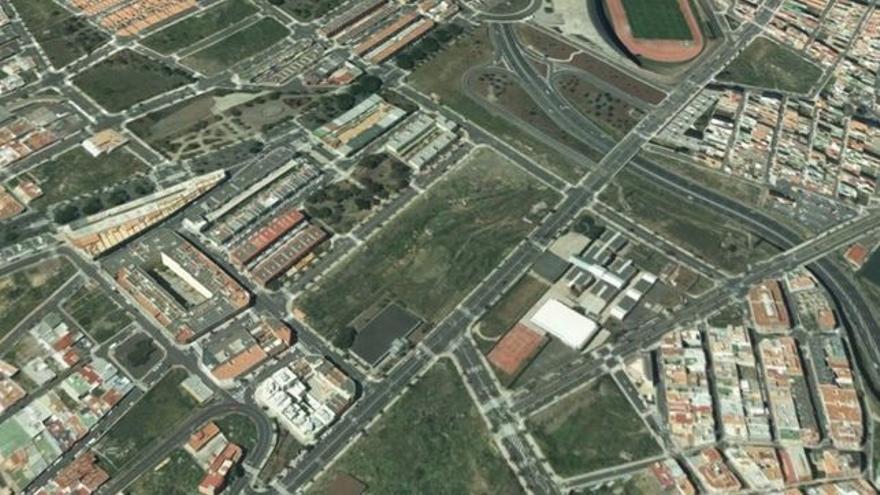 Solar elegido en El Sobradillo, cerca del estadio de atletismo de Tíncer