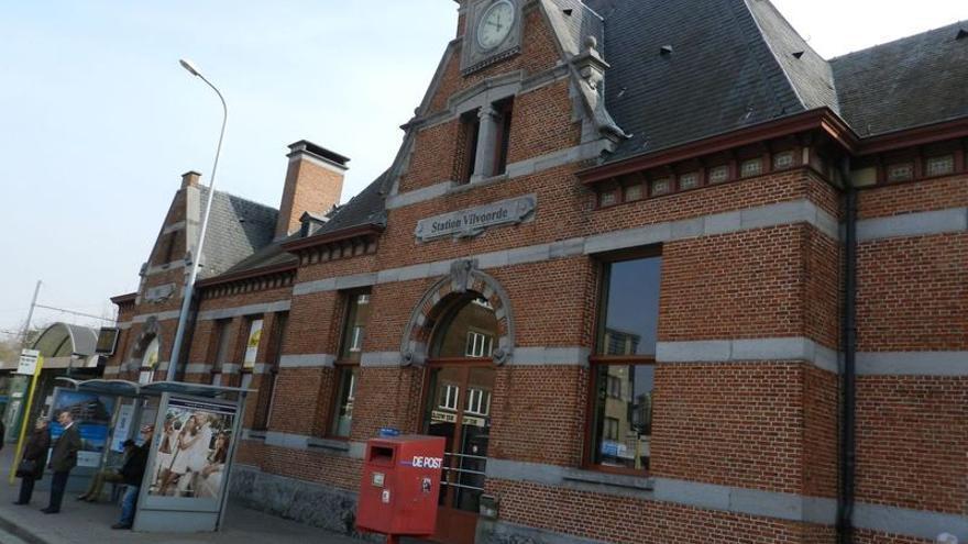Estación de trenes de Vilvoorde, un municipio belga que dista solo diez minutos del corazón de la UE. / Carlos Herranz