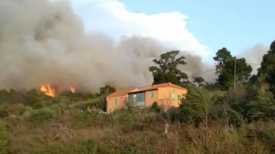 En la imagen, el incendio en Garafía.