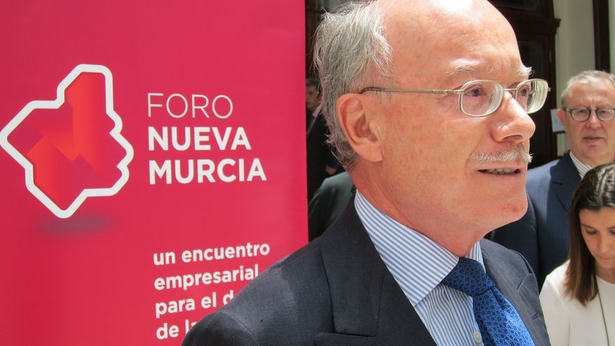 Feito (CEOE) evita valorar el informe del Círculo de Economía y dice que un corralito sería el menor de los problemas