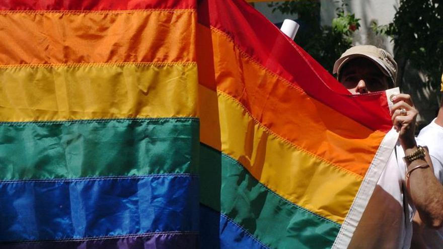 Transexuales brasileños podrán usar su nombre social ante organismos públicos