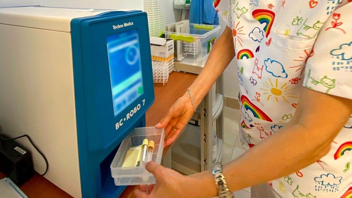 Una de las nuevas máquinas para muestras de sangre.