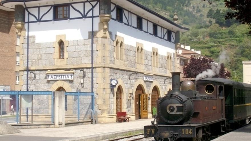 El servicio de trenes de vapor del museo de Euskotren registra 14.960 viajeros en 2015, la cifra más alta de su historia