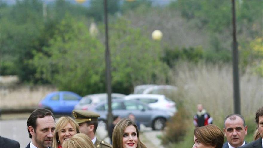 """La reina Letizia afirma que """"comprometerse es más que un compromiso, es una exigencia"""""""