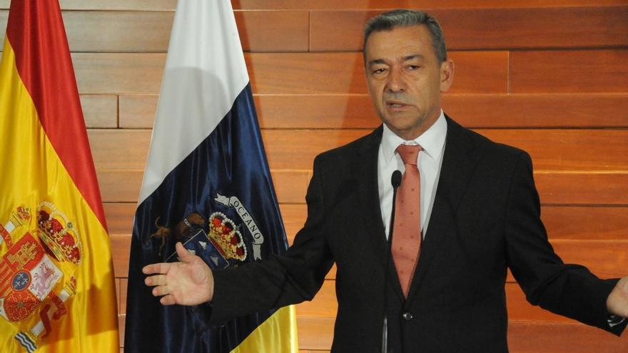 """Rivero apuesta por dar pasos, """"siempre en el marco de la Constitución"""", hacia un mayor autogobierno para Canarias"""