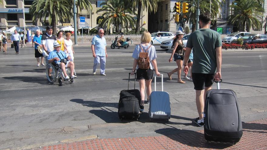 Málaga suma 1.821 nuevas viviendas turísticas en un año, destacando el centro, con el 73%