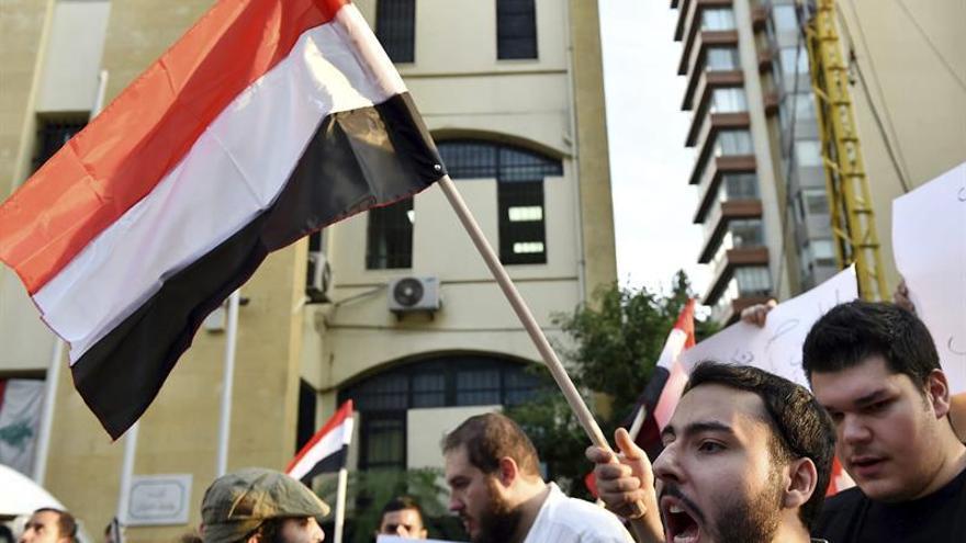 Miles de personas protestan contra el bloqueo al Yemen impuesto por Arabia Saudí