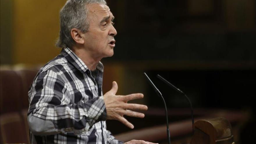 UPyD pide a Posada denunciar al diputado de Amaiur por romper la Constitución