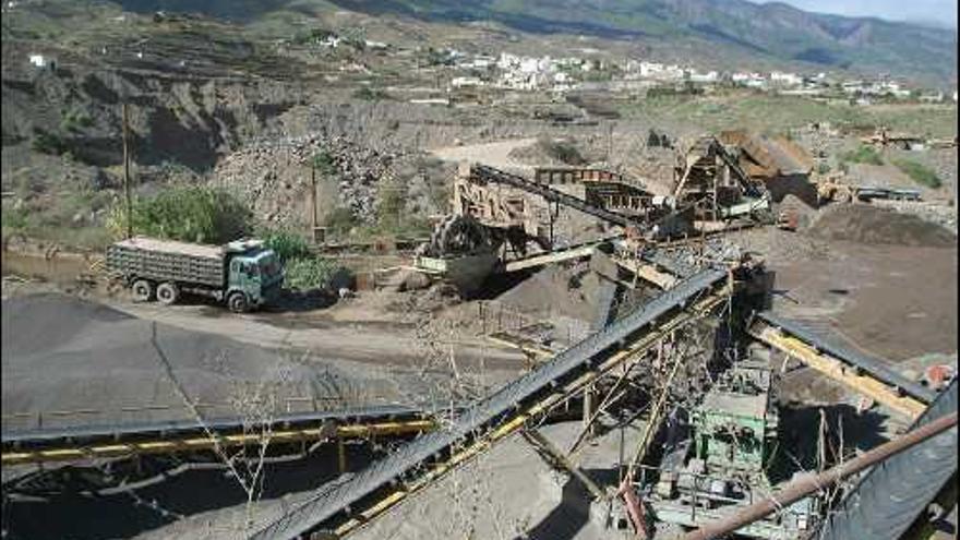 Extracción de áridos en Güimar.