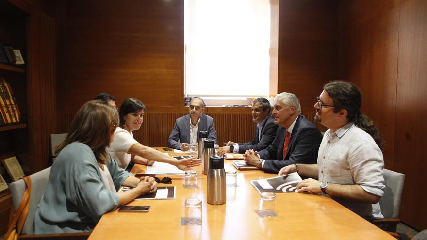 Sesión constitutiva de la ponencia de las Cortes de Aragón en la que se debate la reforma del impuesto de sucesiones