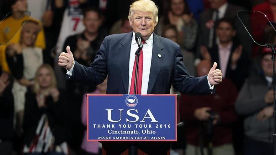 Trump reitera sus amenazas a las empresas que inviertan en el extranjero