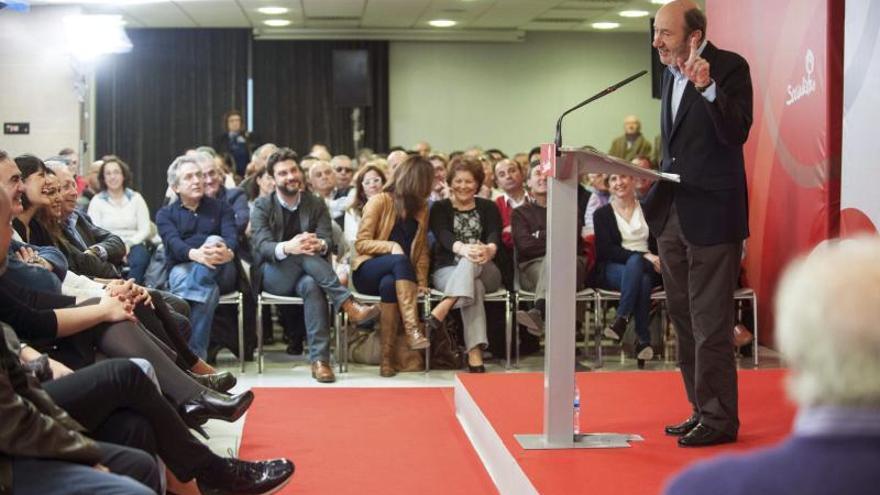 """Rubalcaba espera que el """"desembarco"""" del PP en Cataluña no sea campaña electoral"""