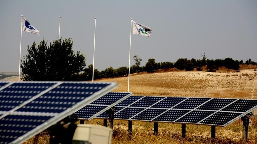 FCC recibe 'luz verde' de Competencia para vender el 51% de su negocio de renovables