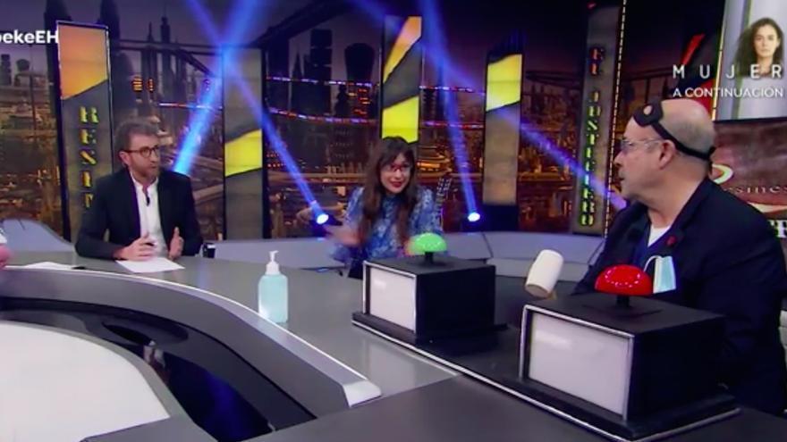 Natalia Verbeke y Antonio Resines, en 'El Hormiguero'