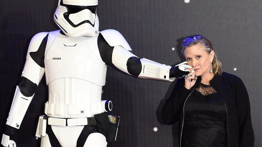 Carrie Fisher vs princesa Leia