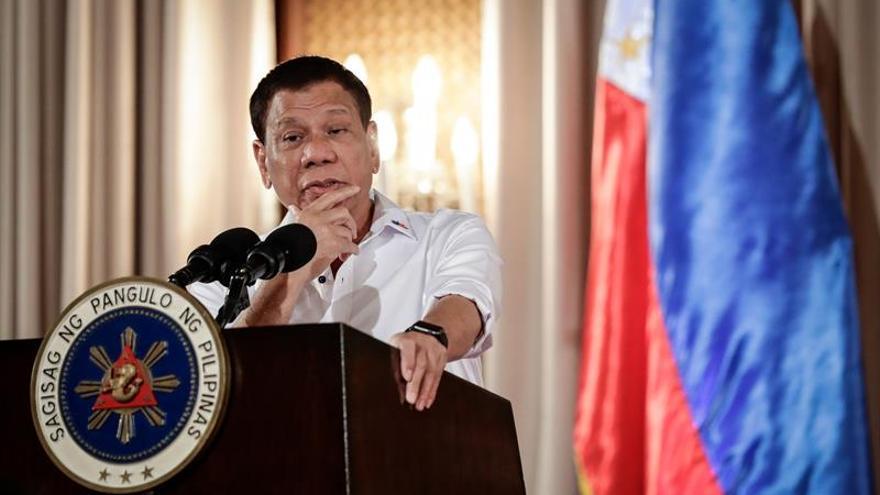 Duterte pide al Congreso que prorrogue la ley marcial en Mindanao todo 2017