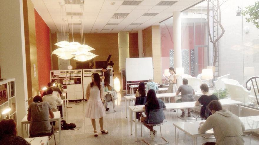 Examen en la academia Enseñalia