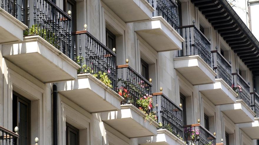 La vivienda de segunda mano reduce sus precios un 2,9% en junio en el primer semestre del año