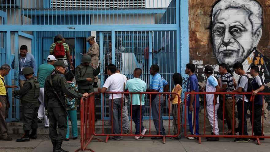 El chavismo vigila de cerca la fidelidad de sus adeptos durante la elección de la Constituyente