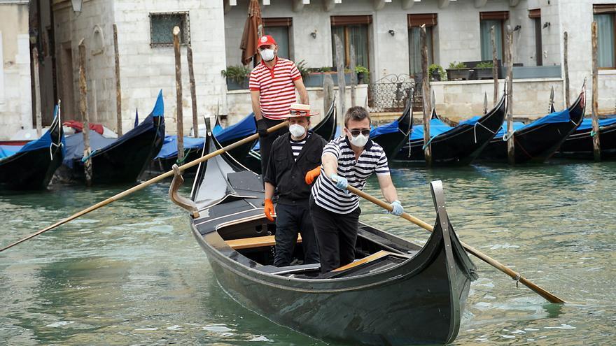 Gondoleros de Venecia el pasado 18 de mayo.