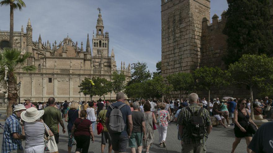 """""""Sevilla tiene muchos problemas. Pero ellos solo ven los de cierto código postal"""""""