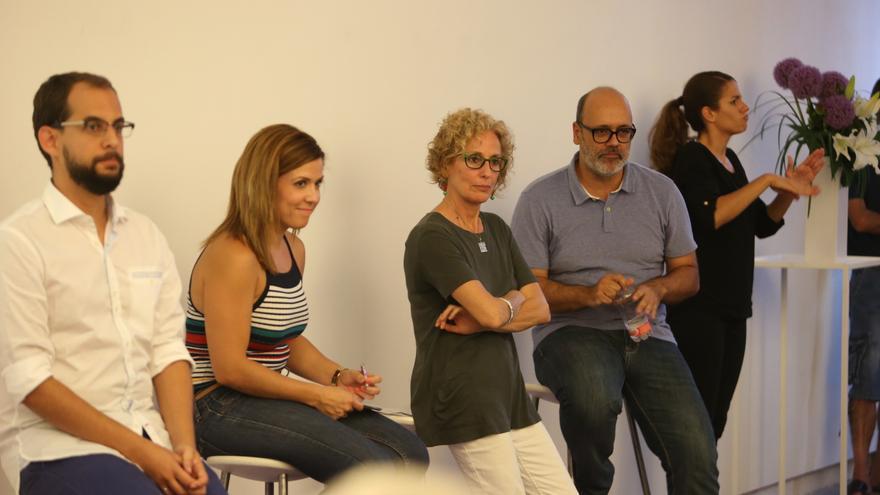 Los consejeros de Podemos en el Cabildo de Gran Canaria, en la presentación de la memoria del primer año de trabajo