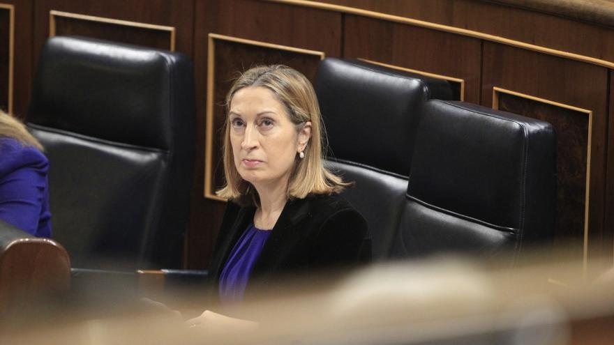 La ministra Ana Pastor, durante un Pleno del Congreso.