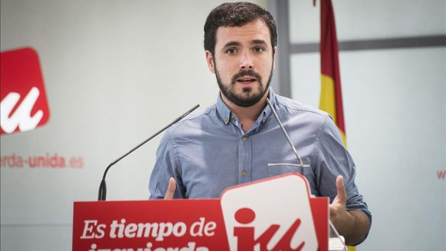 """Garzón (IU) ve """"más cerca"""" una candidatura unitaria con Podemos"""