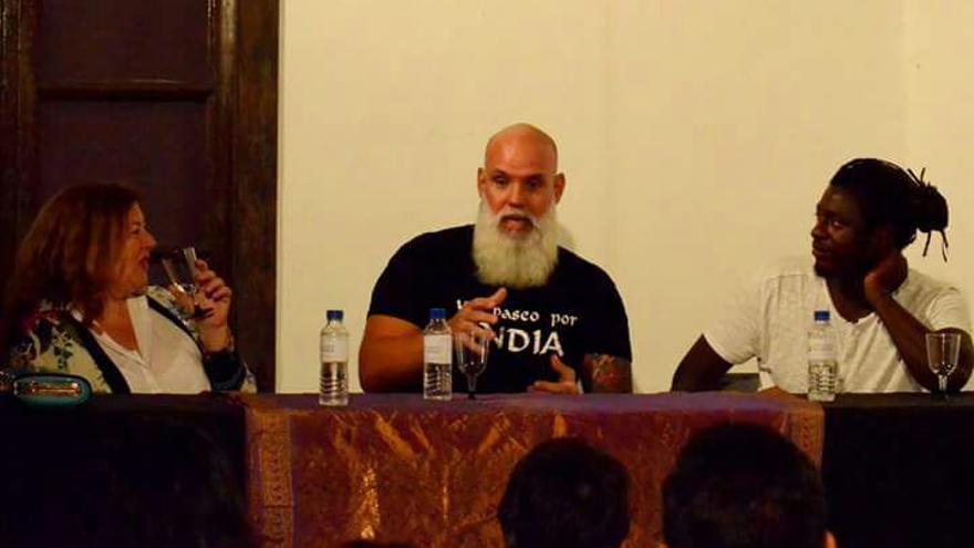Inauguración  de la exposición 'Un paseo por la India'. Foto: Karolina Bazydlo.