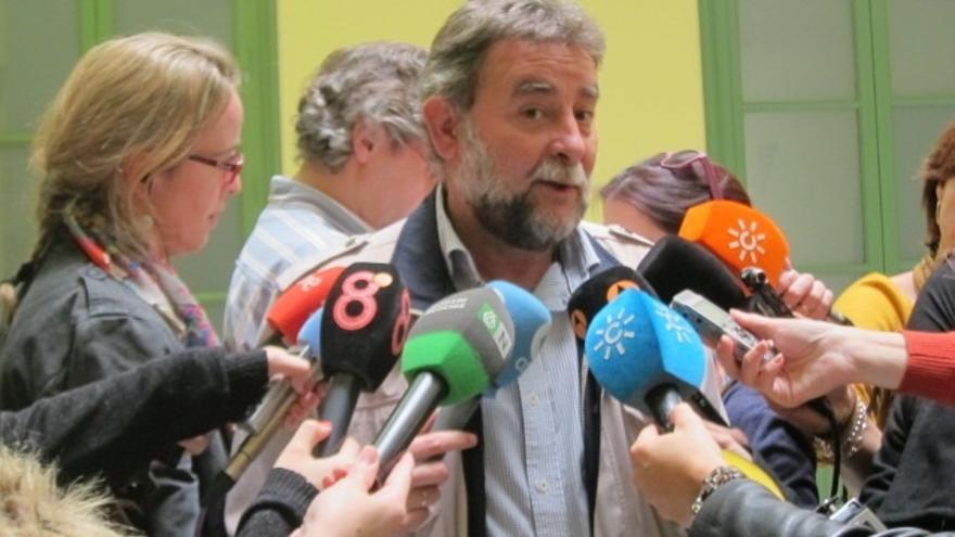 Fernández (UGT-A) asegura que nadie ha pedido su dimisión y niega tener notificación de la Junta para revisión de ayudas