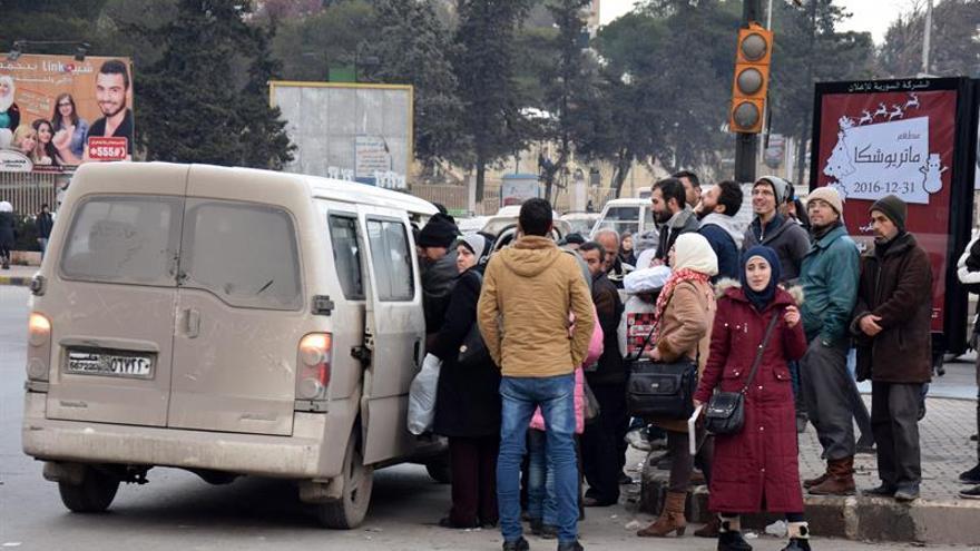Secuestrado medio centenar de personas por un grupo armado en el norte de Siria